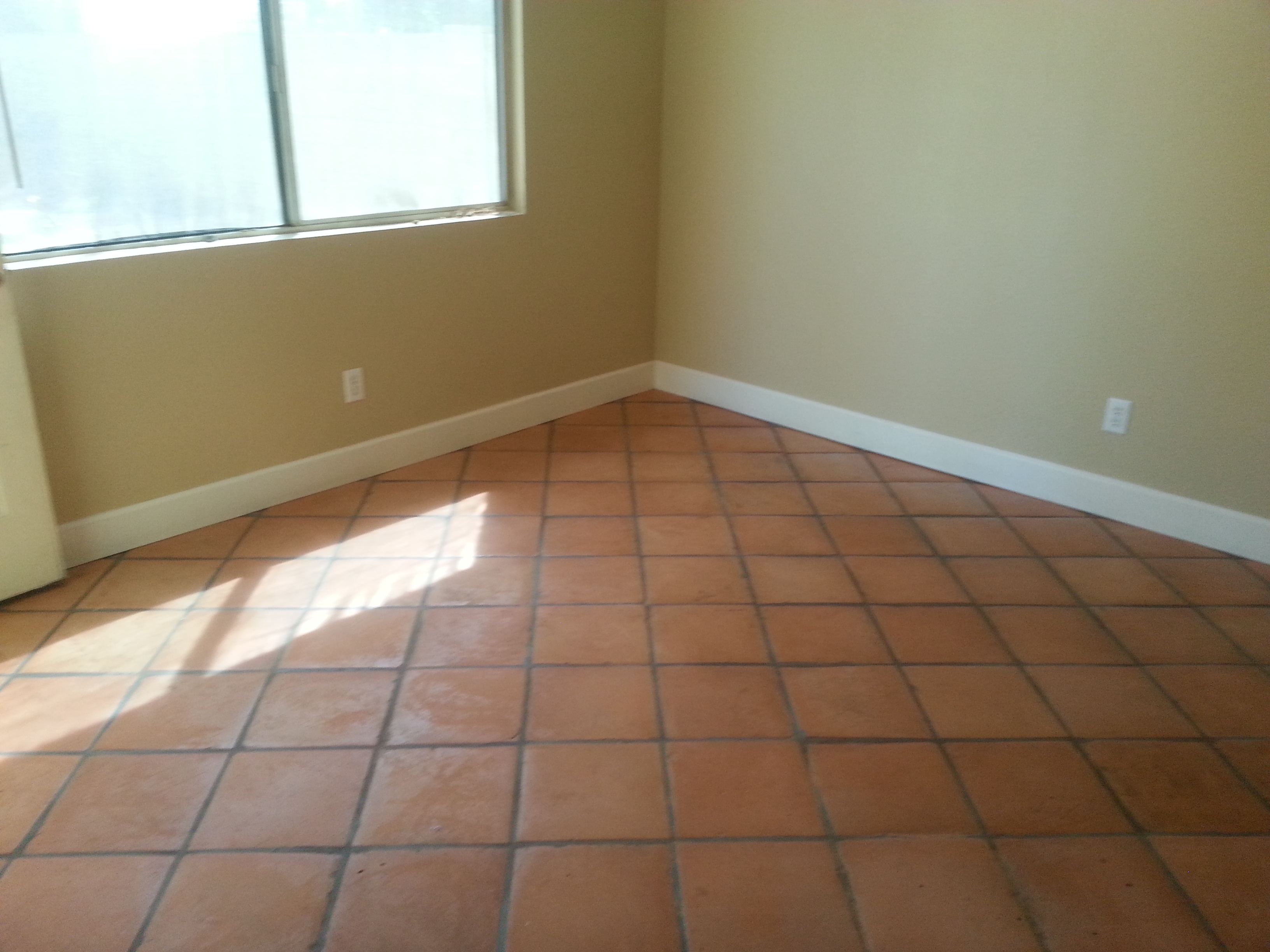 Have Clean Dazzling Tiles With These Useful Floor Tile Cleaning Idea